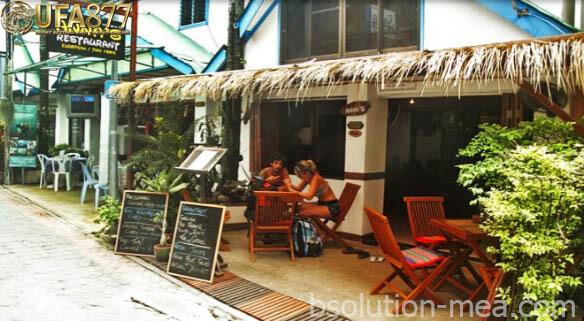 ร้านอาหารบนเกาะพีพี